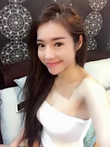 不科學!「越南瑤瑤」Elly阮金紅,晉升「人妻」胸部又長大了...最新「激X照」瘋傳!
