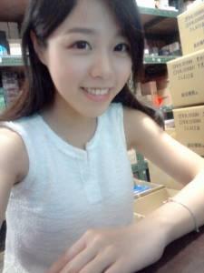 「超有料!」英文老師Eliana Lin美照曝光 看完突然想回去讀書[圖+臉書]