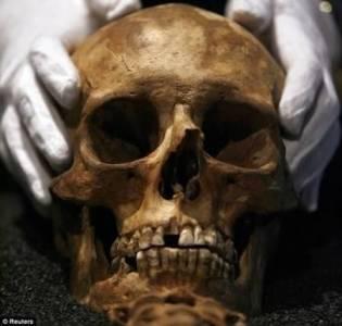 震驚!這幾個人竟都死了這麼多年才被發現…!親友去哪了?