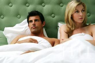 結婚幾年後,老公也膩了...再也不想碰寂寞的老婆!她淚訴:「我是正常有欲望的女人...」