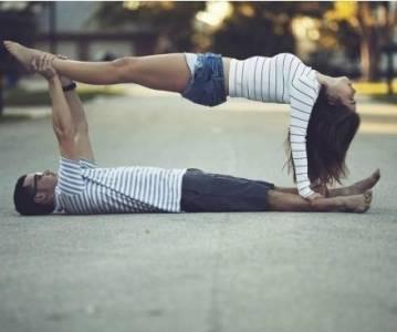 高難度情侶自拍法