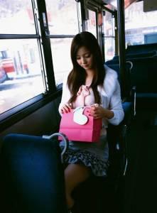 日本公車上有癡漢的原因~~