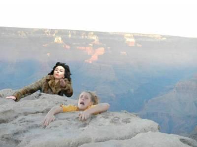 「最性感的史嘉莉也被PS大神找上」外星黑寡婦怎麼變成這樣了啦XDDD