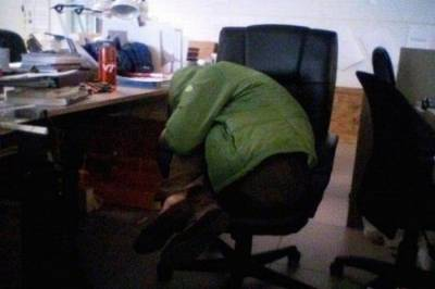 上班睡覺百態