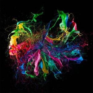 高速攝影拍氣球爆炸噴射染料:宛如液體珠寶