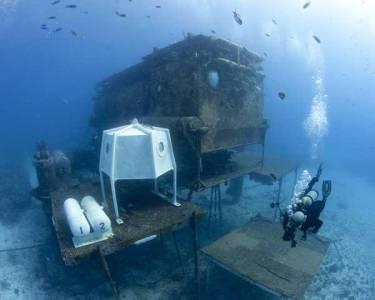 地球極端條件下五大實驗室:水下寶瓶礁石基地