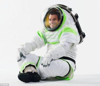 美宇航局公佈新一代航天服酷似玩具總動員