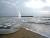 這才叫「露天」帳篷,一完成立刻驚動所有人!沒想到這「超巨型」的透明物的功能竟然是能在海邊....太強