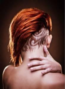 2016最爆紅的「後頸剃髮」造型,還沒用的人太遜了! 尤其第 3 個,連「艾薇兒」都說愛死了....