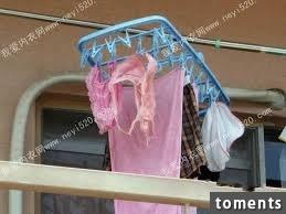 我跟婆婆相處尷尬,每次曬衣服時從來都沒婆婆的內衣,直到有某天進她房間才發現驚人的秘密!竟讓我崩潰到....!!!