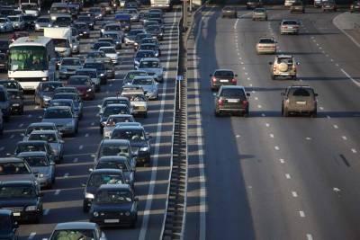 單元【鴻毅有辦法】別就這樣插進來阿!車輛任意變換車道導致車禍,誰該負責?