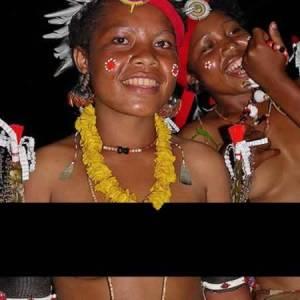 世界各地的「性傳統」新幾內亞男孩要喝10年長輩精液