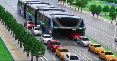 震撼!雙層巴士落伍了,強國推出這款「超巨型巴士」沒想到它的「底部設計」竟然....太驚人了!